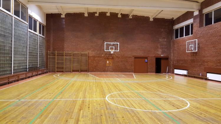 Pasiūlymas komandoms neturinčioms jokios sporto salės namų rungtynėms